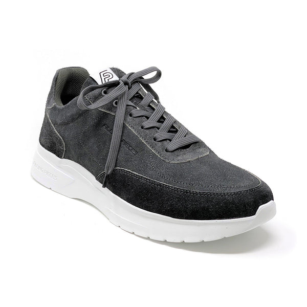 Mondo Plain Low Top Sneaker