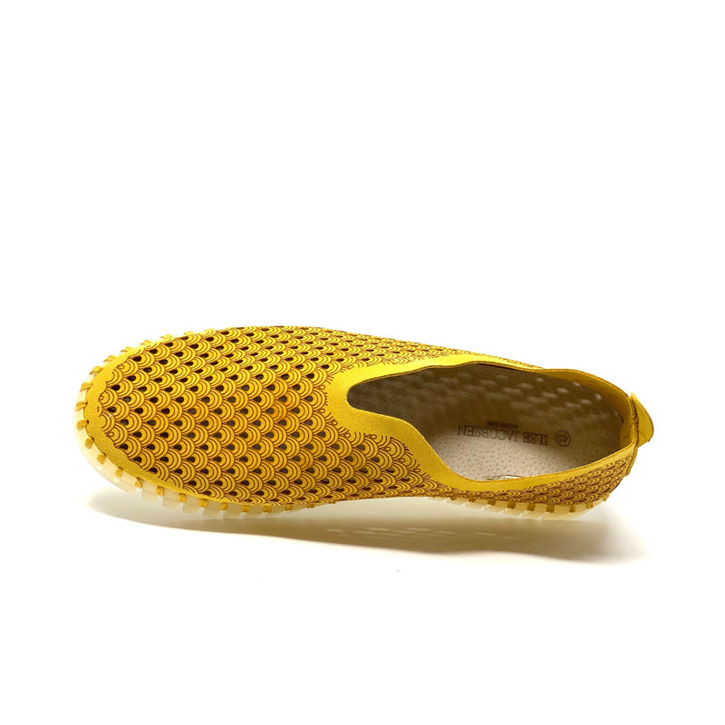 Tulip Cut-Out Slipper