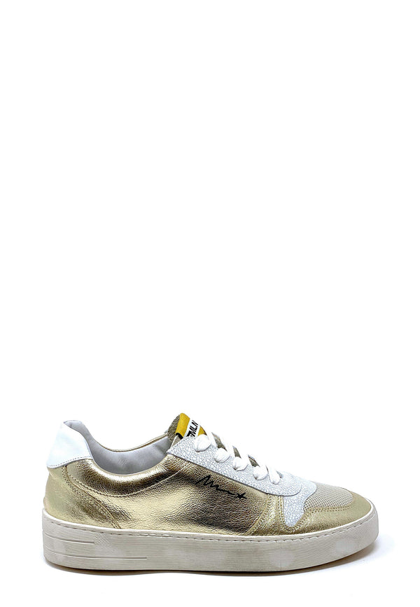 STRA5002 Low Top Sneaker