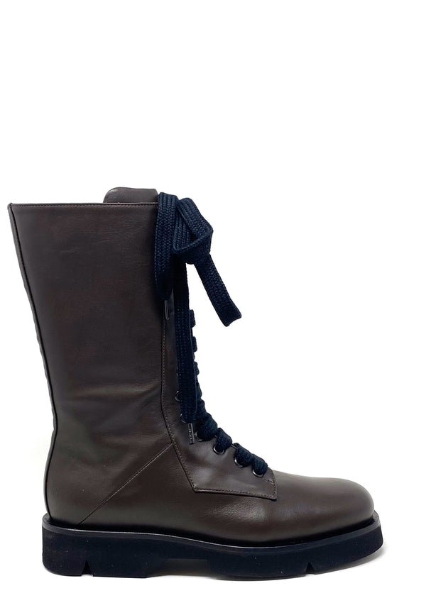 1284 Boots