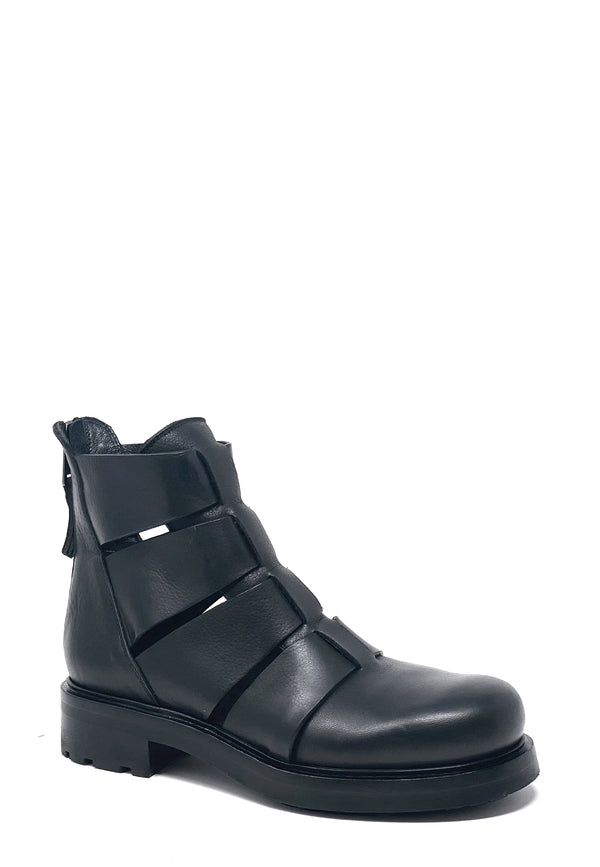 E2943 Cut Out Boots | Nero