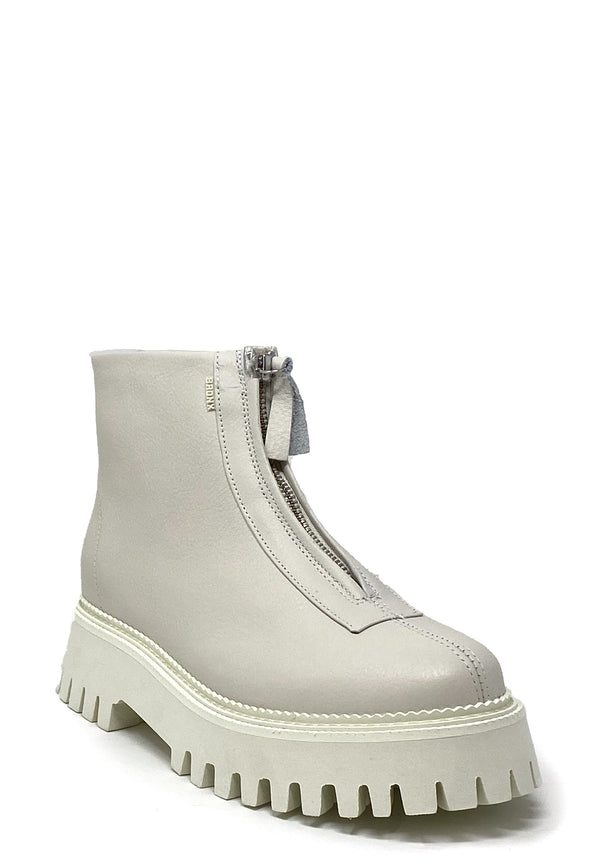 47369 Front Zipper Boots | Off White