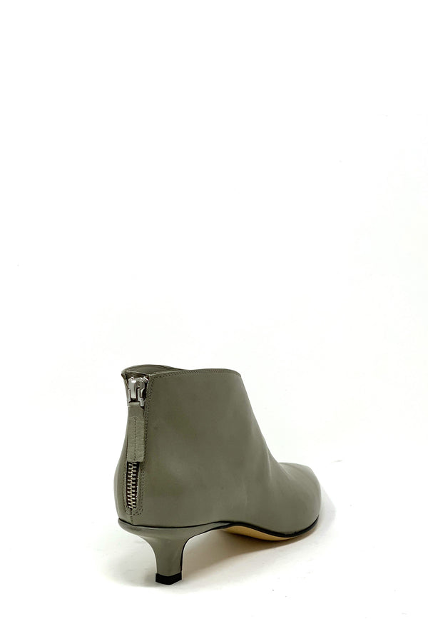Helle Ankle Boots | Vetivere