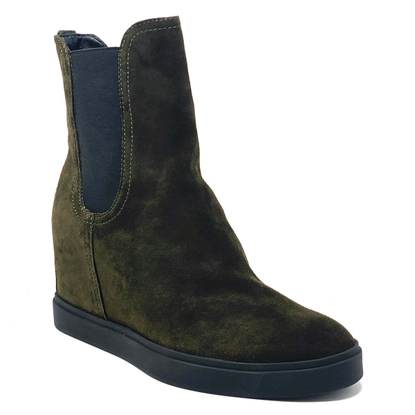 D253505 Chelsea Wedge Boots