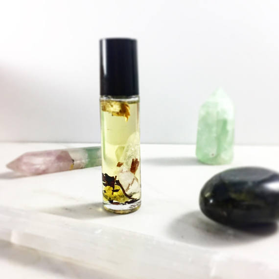 Essential Oil Blend Crystals Frankincense roll on - Wands Of Nature