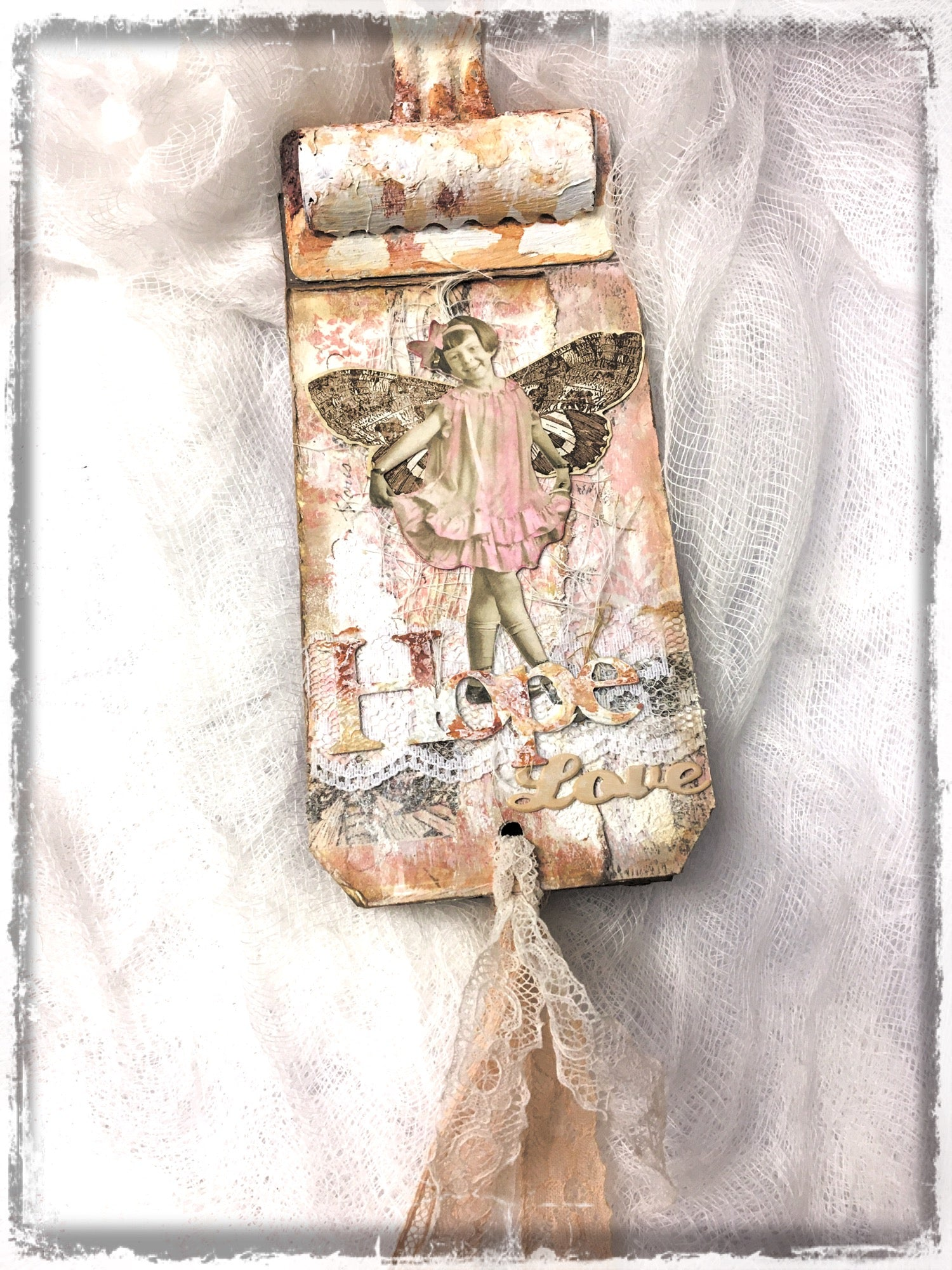 February scrapaholix kit continued: tag book by LOUISE CROSBIE