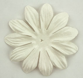 White 7cm single flower