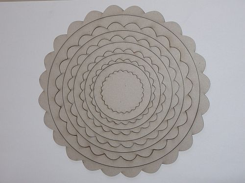 Scalloped Circles 13 pcs