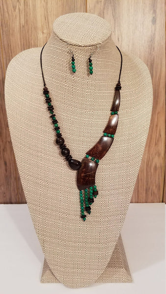 Coconut Shells and Green Achira seeds Necklace and Earrings | Eco-friendly Statement Necklace