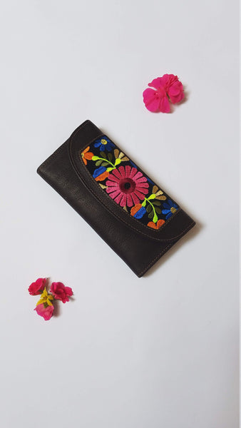Gift for Her | Leather Wallet | Woman's Wallet | Brown Wallet |  Embroidered Flowers | Wallet for Women
