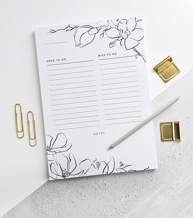 Floral To Do List Desk Pad
