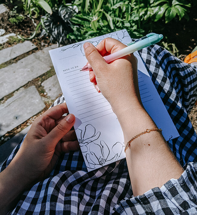 7 Reasons Why I Use A Paper To-Do List