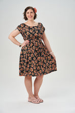 Load image into Gallery viewer, Sew Over It Marguerite dress