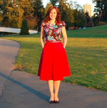 Load image into Gallery viewer, Sewaholic Hollyburn skirt