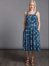 Load image into Gallery viewer, Avid Seamstress Sun Dress