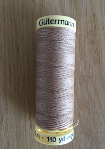 Gutermann Sew All Thread 422