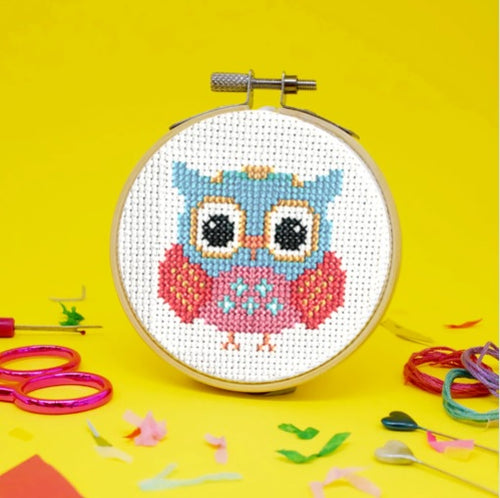 Make Arcade Retro Owl cross stitch kit
