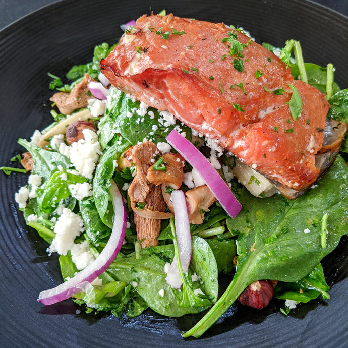 Smoked Salmon Salad with Pomegranate Seeds (Thanksgiving Salad)