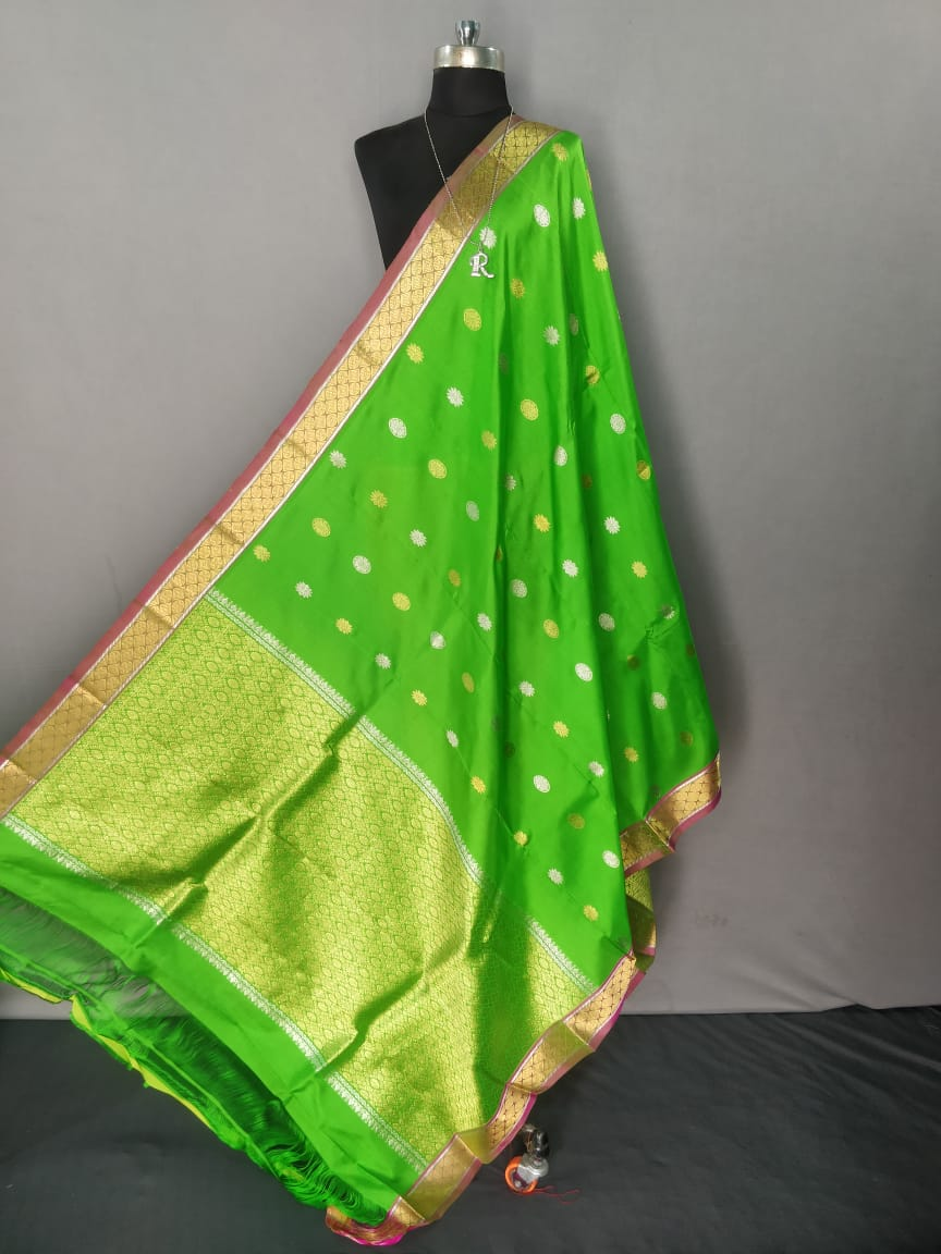 Parrot Green Kanchipuram Silk Dupatta
