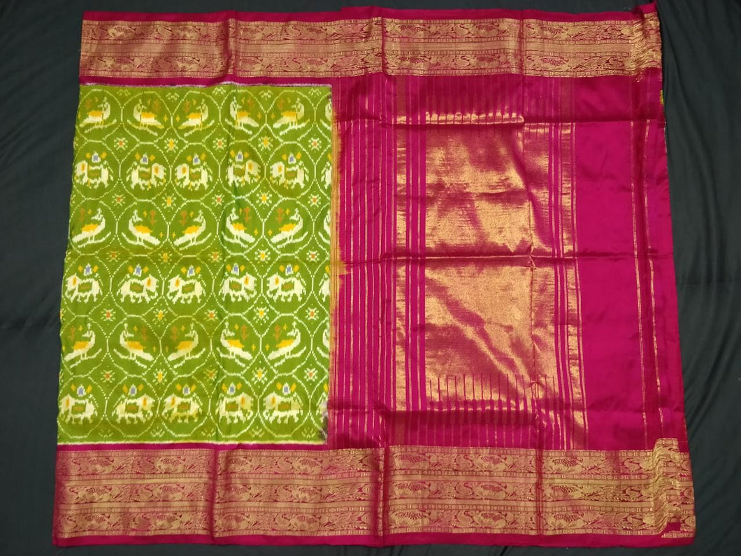 Bridal Green Pochampally Ikat Silk Saree