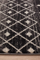 Evoke Simplicity Black Transitional Rug