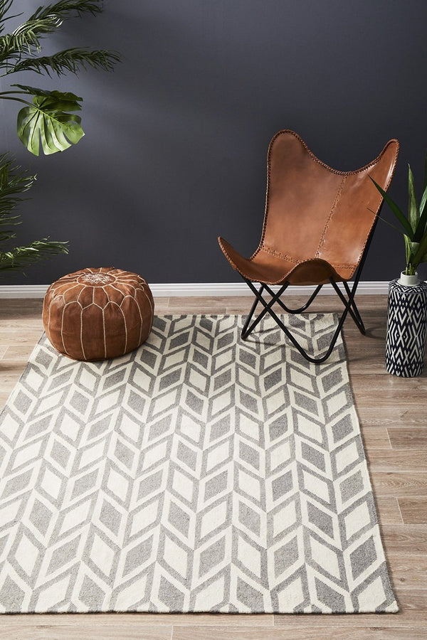 Skandinavian 302 Grey Rug - Block & Crate