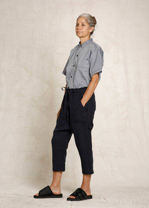 cropped dark bluel linen drawstring pant side view