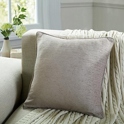 Coussin chenille Taupe