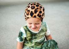 Load image into Gallery viewer, Cheetah Rib Slouchy