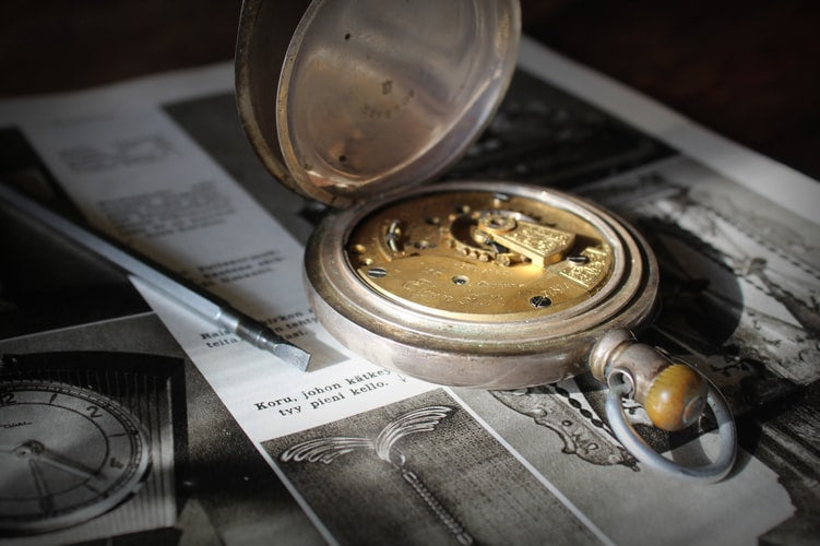 How to repair a pocket watch?