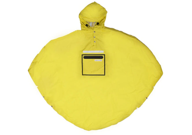 The People`s Poncho in Gelb
