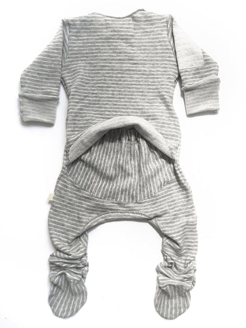 Vingerhoet Baby Ready Romper Gift Onesie Long sleeve, Footed, Stripes