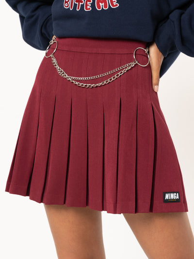 Burgundy Pleated Tennis Skirt With Front Chain - Minga London