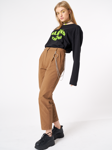 PEG TROUSERS WITH CHAIN