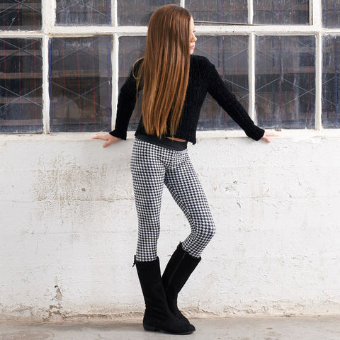 Kambry in Houndstooth; Chic Look