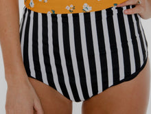 Load image into Gallery viewer, Reversible swim bottoms