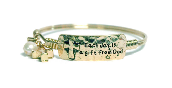 Divinity Boutique I Am Blessed Bracelet Finish Gold