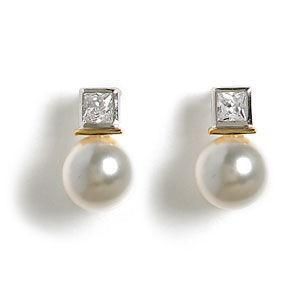 Jody Coyote Perla Pearl with Cubic Zirconia Gold Stud 10mm Earring
