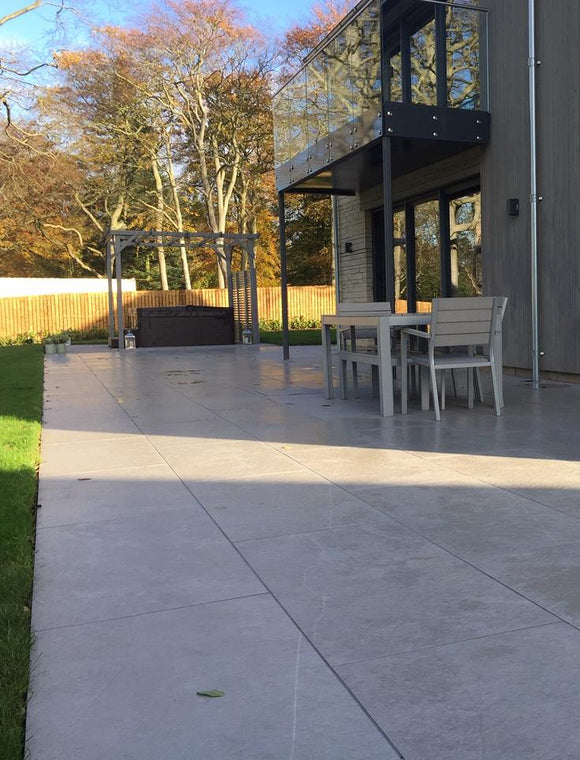 OUTDOOR PORCELAIN PAVING | Tiles and Smiles