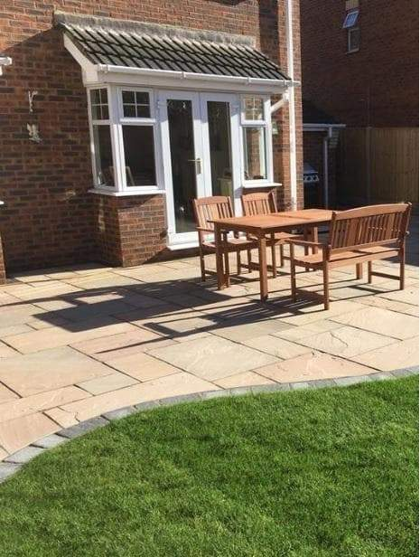 Raj Green Sandstone Paving Slabs - 900x600 Pack (4200013267022)