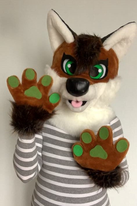 Fox fursuit head for kids by Oneandonlycostumes