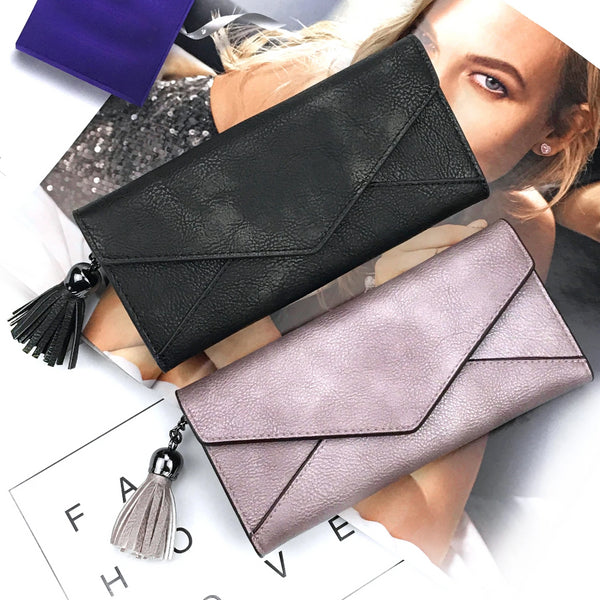 A new lady's wallet with seventy percent off ladies' Wallet