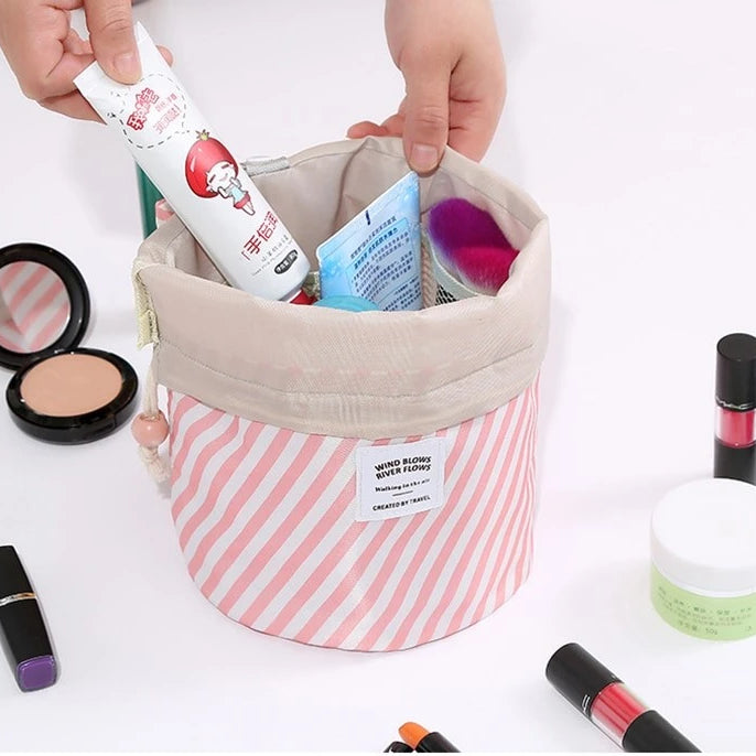 Classic Cosmetics Travel Pouch