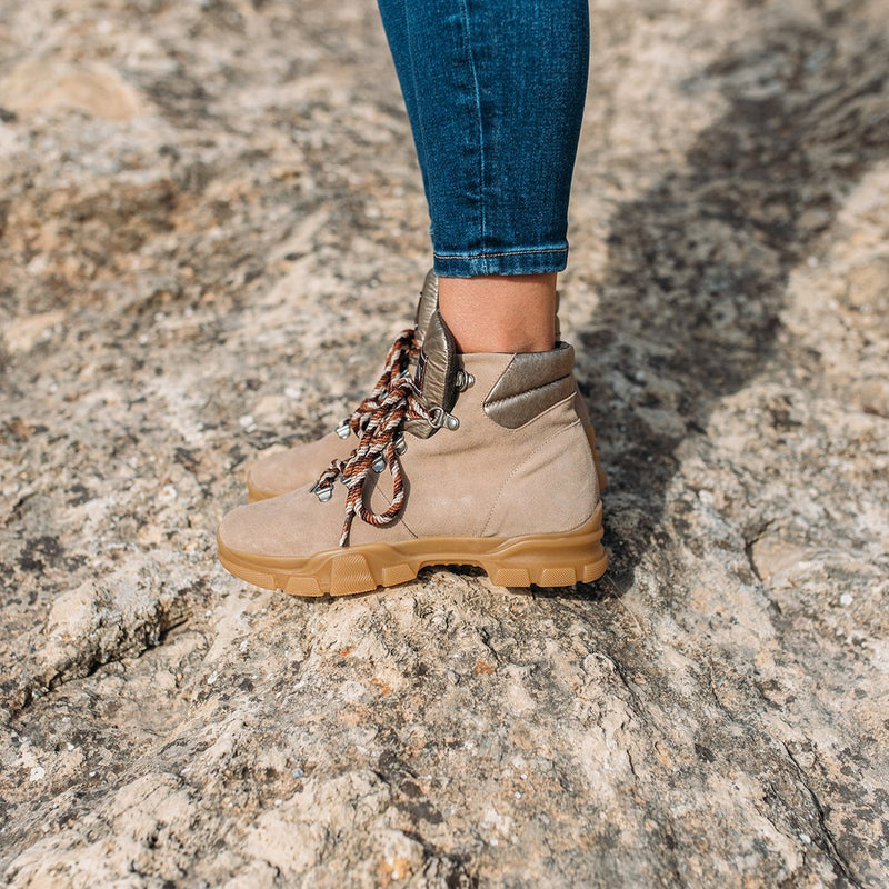 Combined beige leather boot KENDRA - Bryan Stepwise