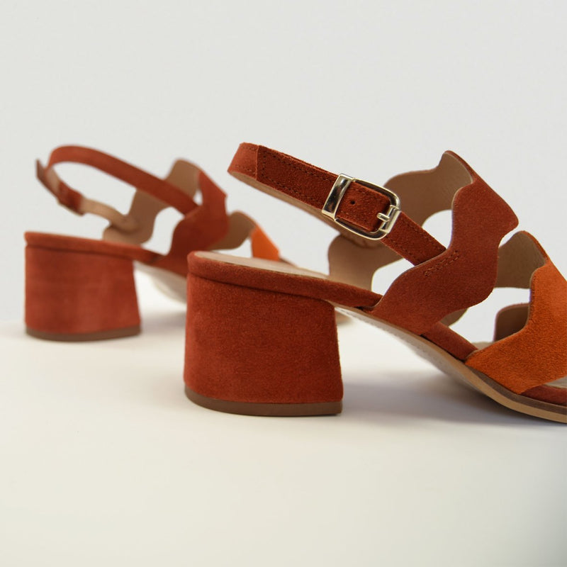 Medium heel red leather sandal LOUISE - Bryan Stepwise