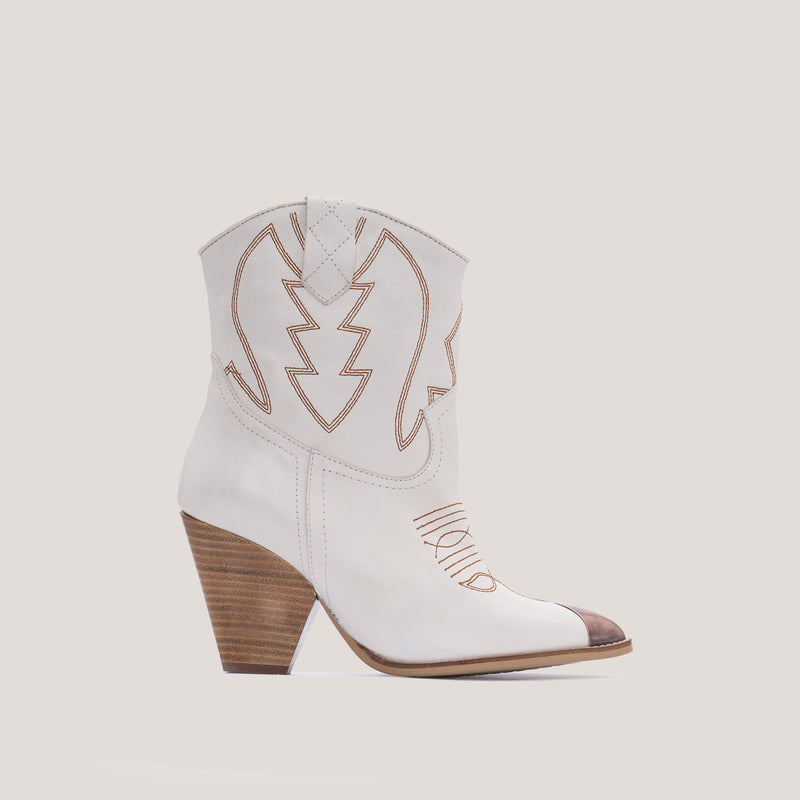 Offwhite leather cowboy boot - Margot - Bryan Stepwise