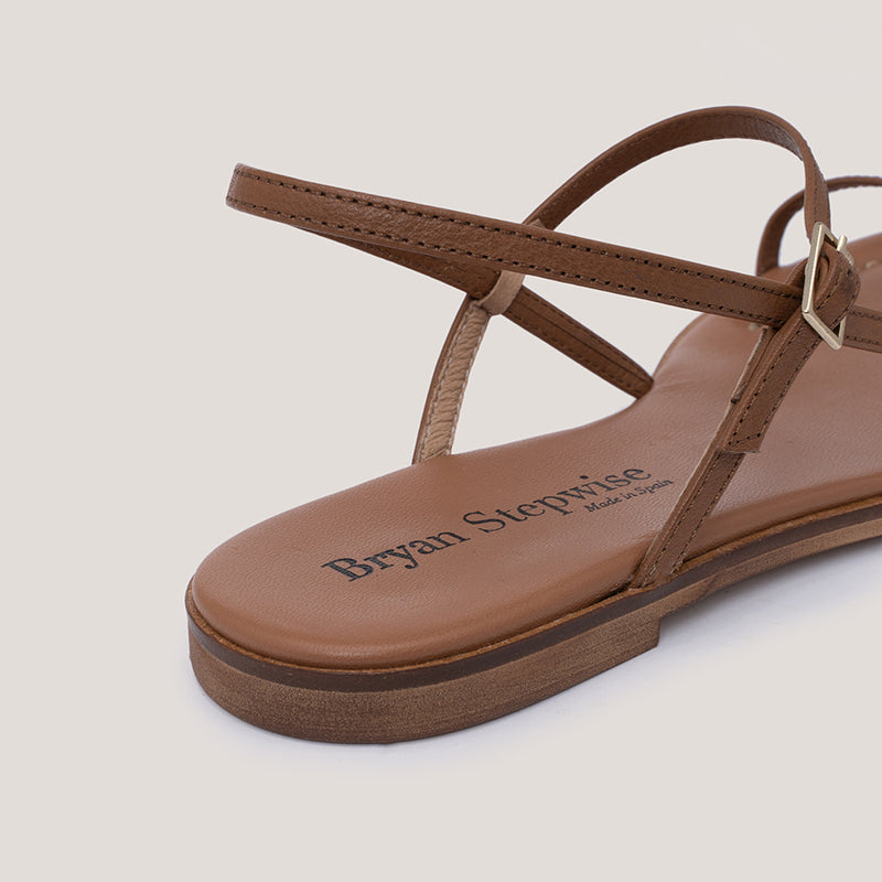 Brown leather strap buckle sandal - MILÁN - Bryan Stepwise