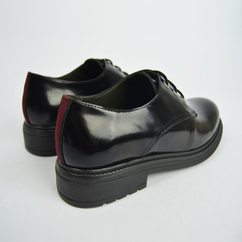 Oxford leather shoe in black OLIVIA - Bryan Stepwise
