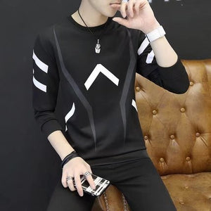 Round neck men's long sleeve sweater