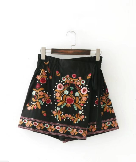 Romantic Embroidered Skirt Shorts
